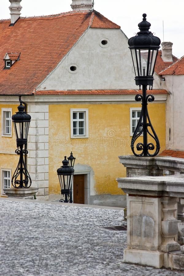 Lanternas no castelo Valtice, Moravia, imagens de stock