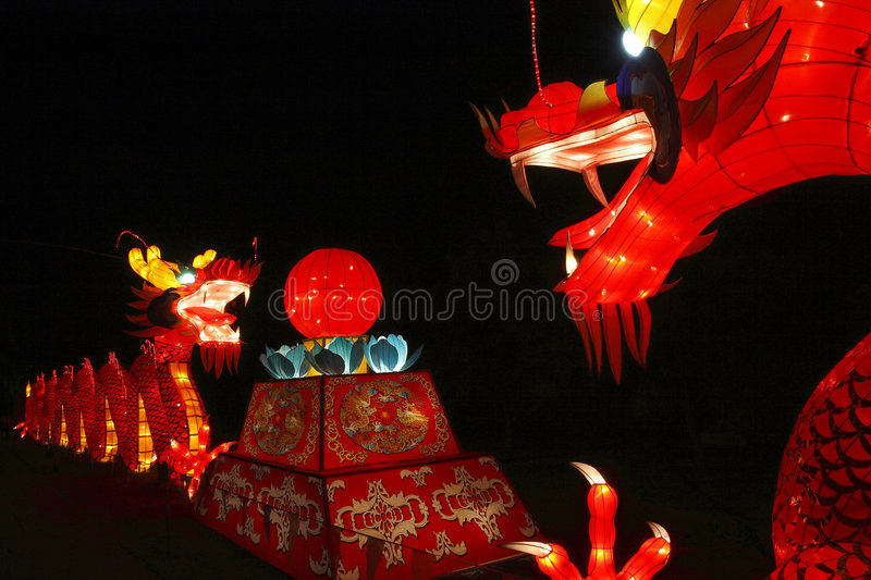 Lanterne chinoise de dragon photos stock