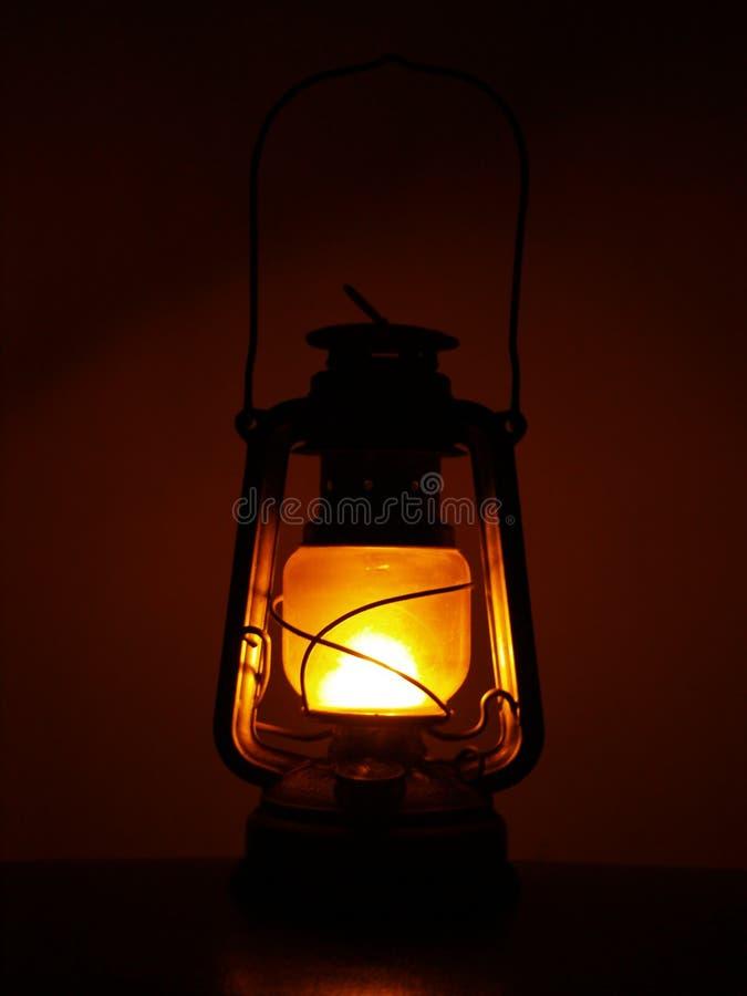 Lanterne de pétrole de kérosène photographie stock libre de droits