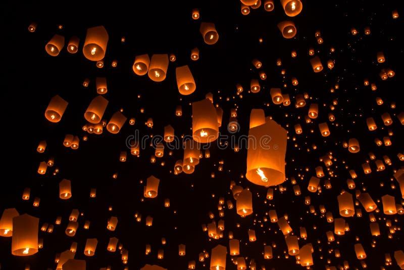 Lanterne del cielo, lanterne volanti fotografie stock libere da diritti
