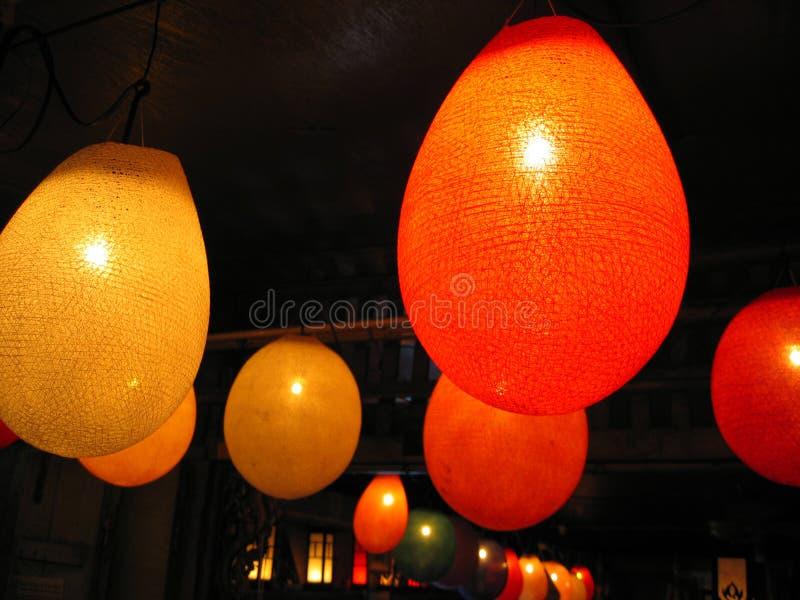 Lanterne di carta d'ardore fotografie stock