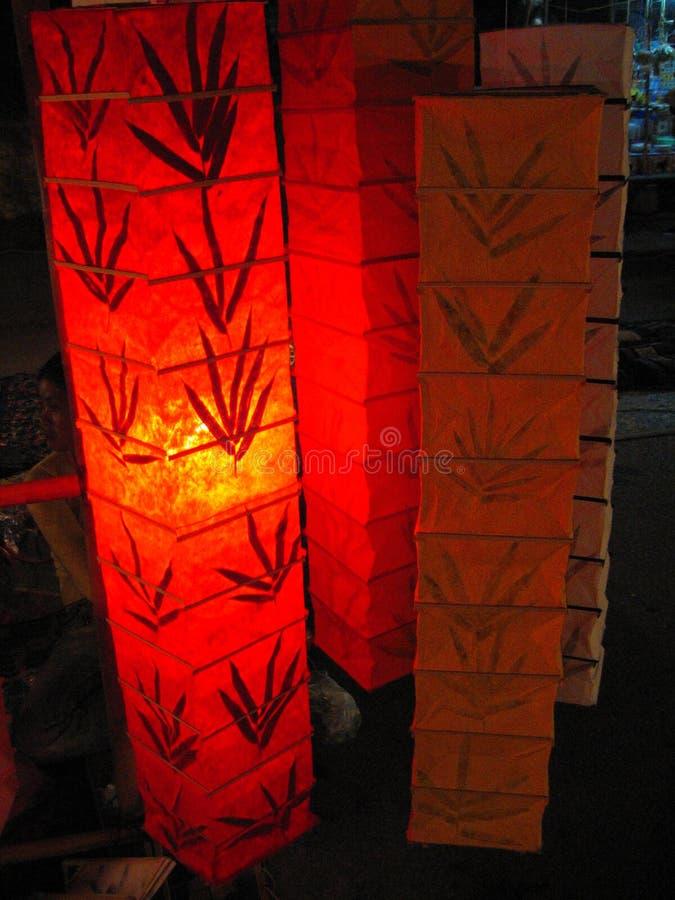 Lanterne di carta d'ardore immagine stock libera da diritti