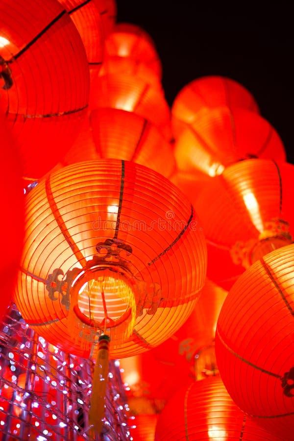 Lanterne rouge accrochante photo stock