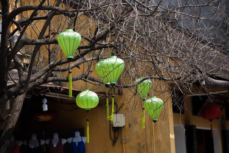 Lanternes en soie en ville de Hoi An, Vietnam photo libre de droits