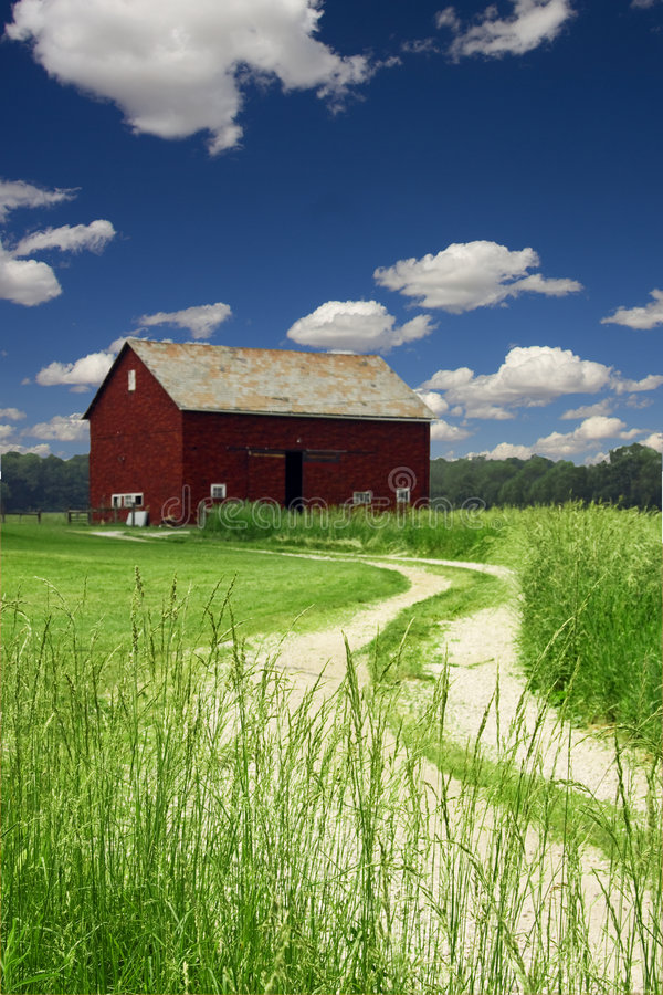 lantgårdväg arkivbilder