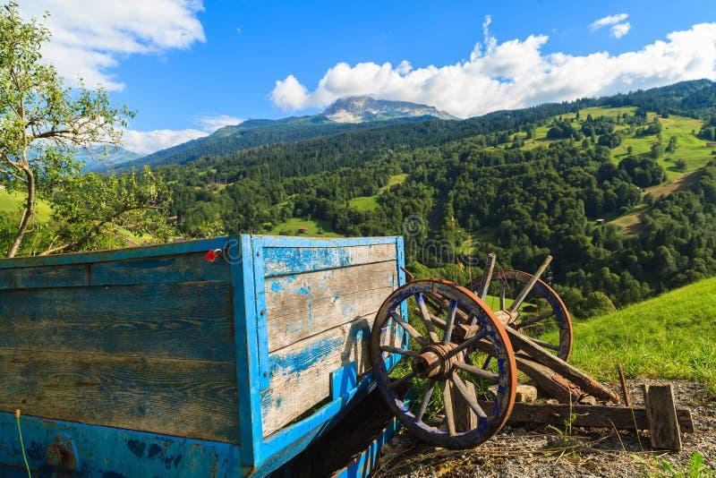 Lantgårdvagn royaltyfri foto