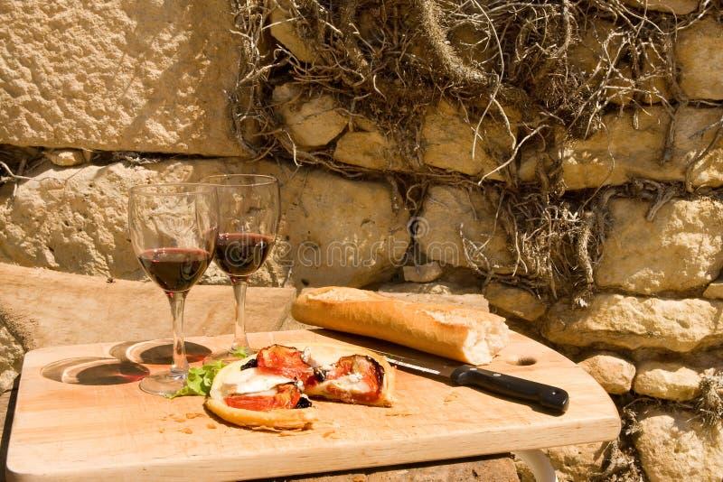 lantlig france lunch royaltyfri foto