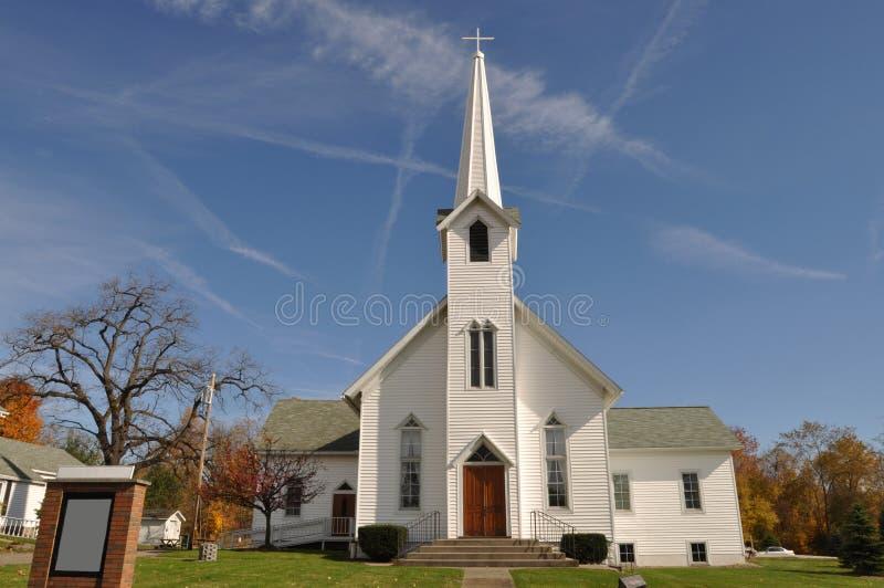 Lantlig kyrka arkivfoton