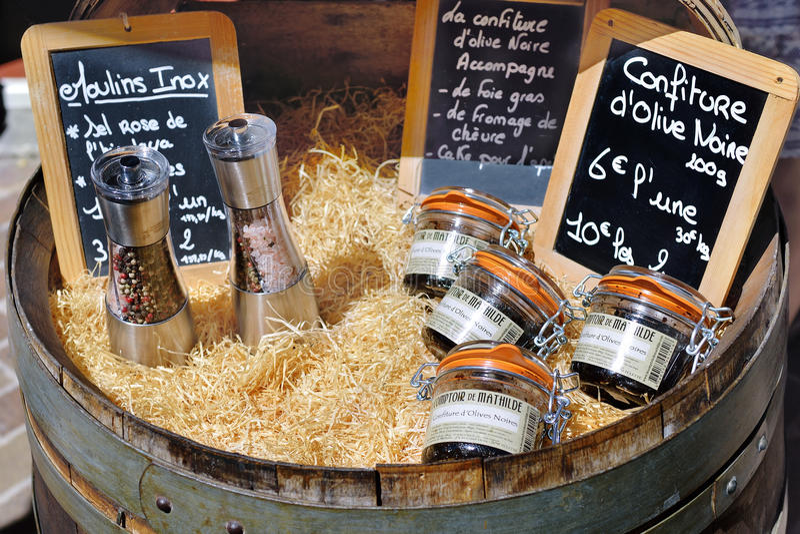 Lantlig marknad, Provence, Frankrike royaltyfri foto