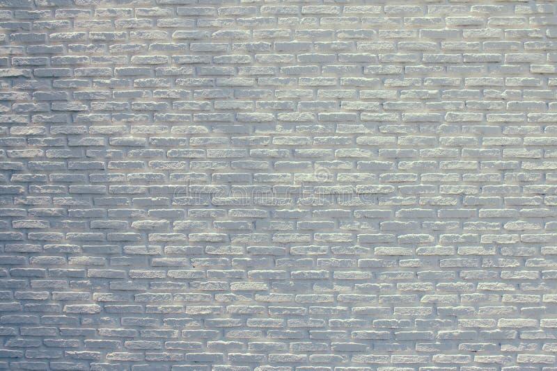Lantlig vit bakgrund för textur för grungetegelstenvägg med skugga royaltyfri fotografi