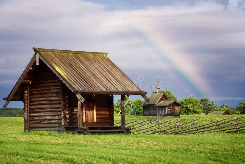 Lantligt landskap på en Kizhi ö, Ryssland royaltyfri bild