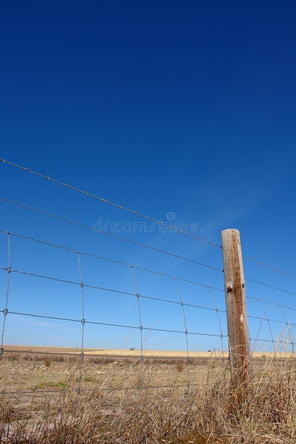 lantligt staket arkivfoton
