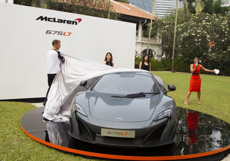 Lanzamiento de McLaren 675LT de Jenson Button fotografía de archivo
