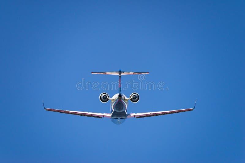 Lanzamiento del bombardero CRJ-700ER foto de archivo