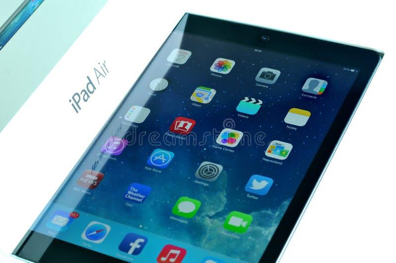 Lanzamiento del nuevo aire del iPad fotos de archivo libres de regalías