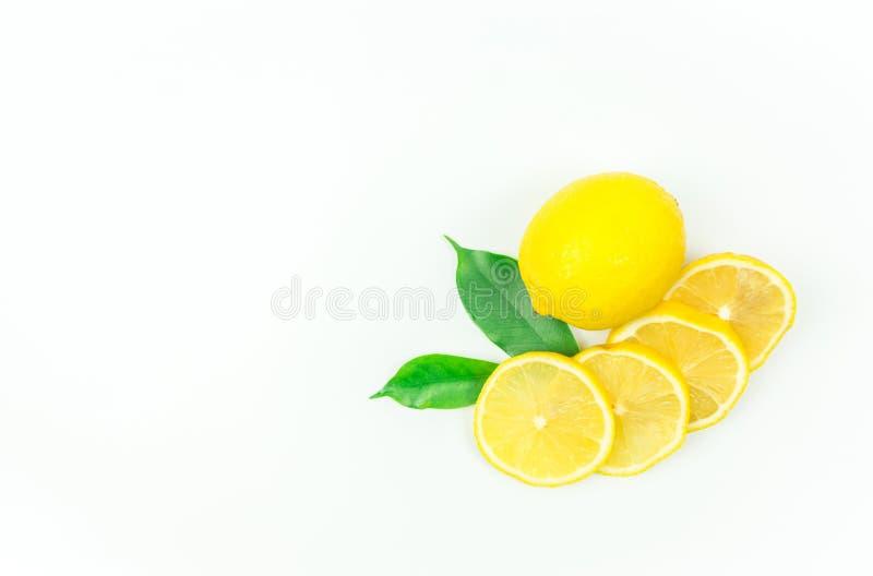 lanzamientos Limón-frescos en el estudio fotografía de archivo
