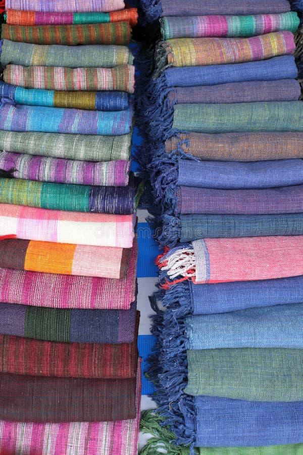 Lao Craft Shawls From Luang feito a mão Prabang imagem de stock