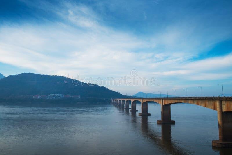 Lao Nippon Bridge na manhã 2 fotografia de stock royalty free