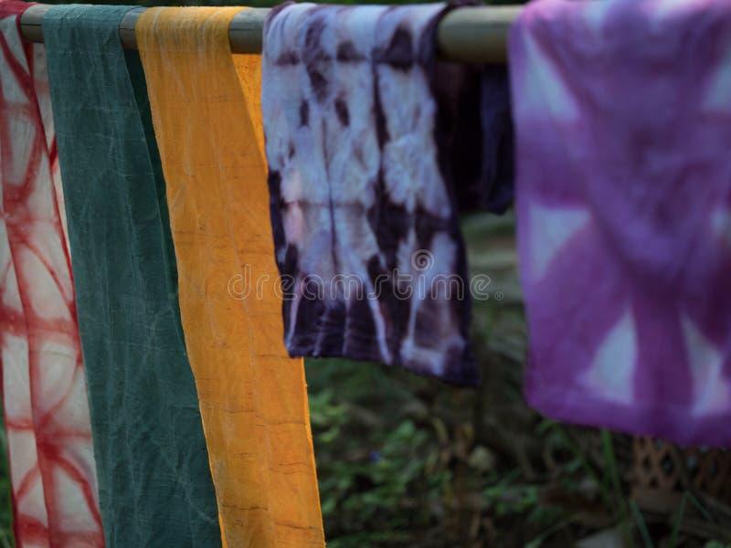 Lao tradicional que tece e que tinge-se, Luang Phabang imagens de stock royalty free