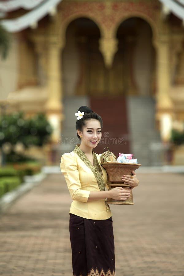 Laos härlig kvinna arkivbild