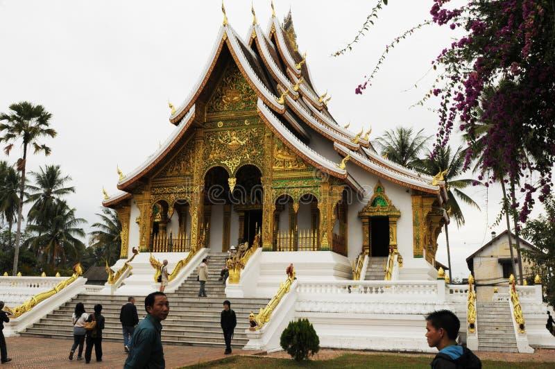 Laos: Het nationale museum in de Stad van Luang Brabang is een mooie boeddhistische tempel royalty-vrije stock afbeelding