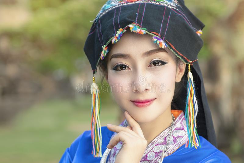 Laos kobieta, Piękna Laos dziewczyna w kostiumu zdjęcie royalty free
