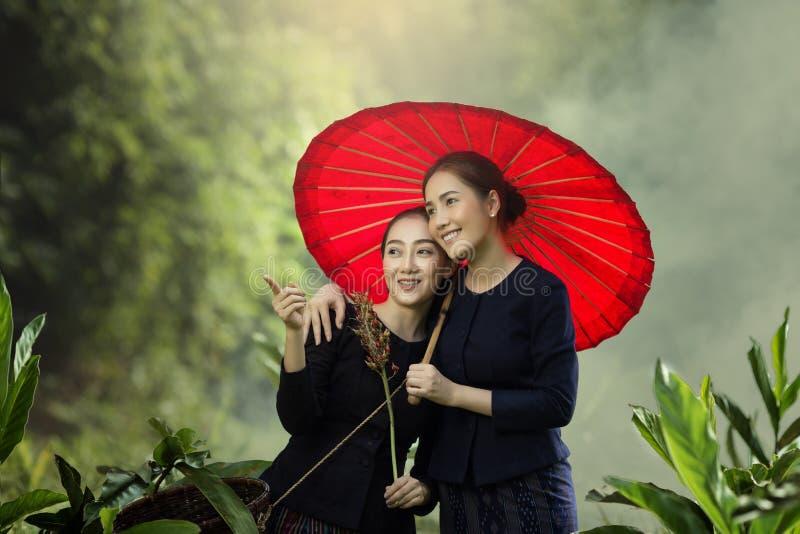 Laos kvinnor royaltyfria foton