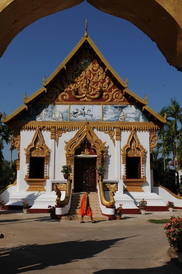 Laos: La universidad Theravada-budista más grande de Indochina en Pakse foto de archivo libre de regalías