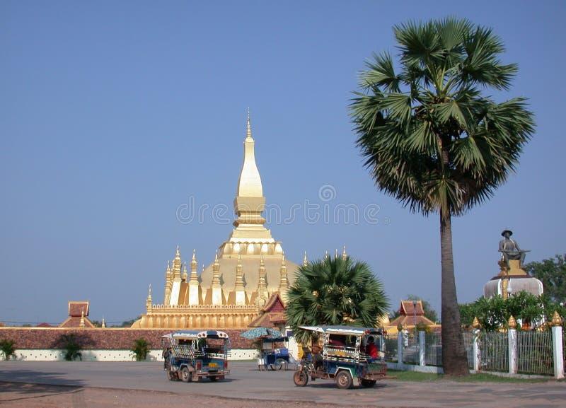 Laos stupa 2 stockbilder