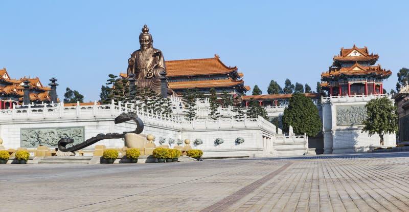Laozi statua w yuanxuan taoist świątynny Guangzhou, Chiny zdjęcie stock