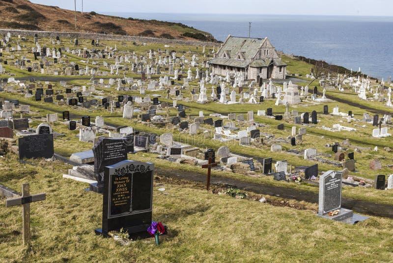 Lapidi alla chiesa del ` s della st Tudno a Llandudno, Galles, Regno Unito fotografie stock libere da diritti