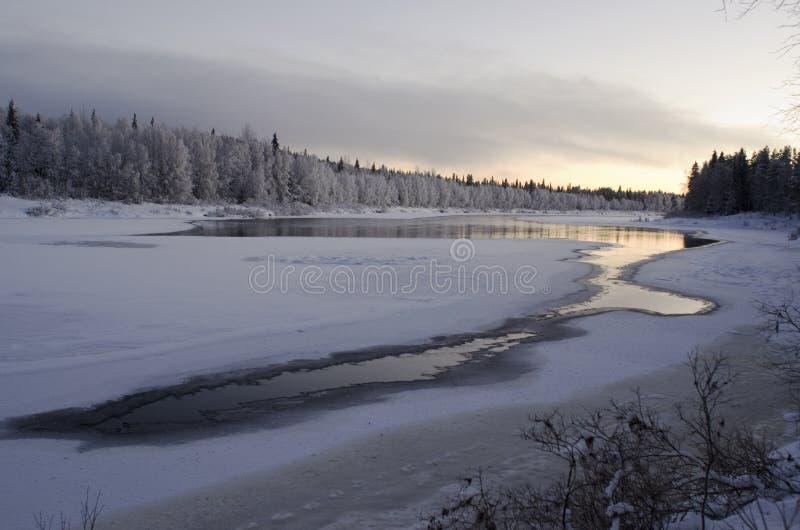 Lapland rzeka Ounasjoki zdjęcia stock