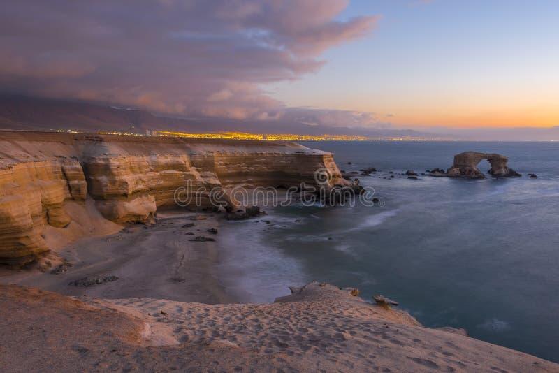 'LaPortada' naturlig monument, Antofagasta (Chile) fotografering för bildbyråer