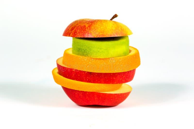 Lappar äpplet för ny frukt, apelsinen, kiwi på vit bakgrund royaltyfria bilder