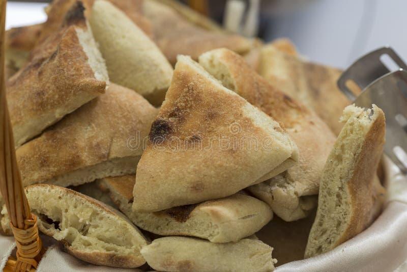Lappar av bröd arkivbilder