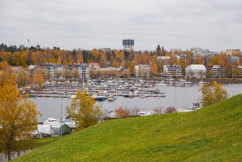 LAPPEENRANTA, opinión de FINLANDIA A aduanas en el puerto del lago Saimaa fotografía de archivo libre de regalías