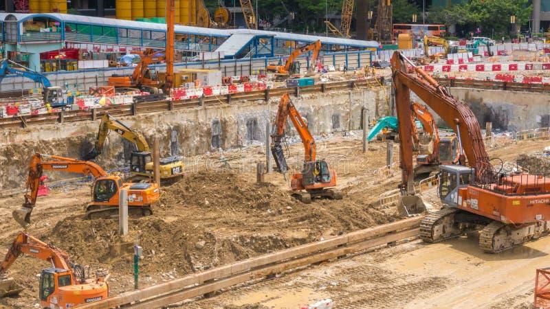 Laps de temps des excavatrices de construction banque de vidéos