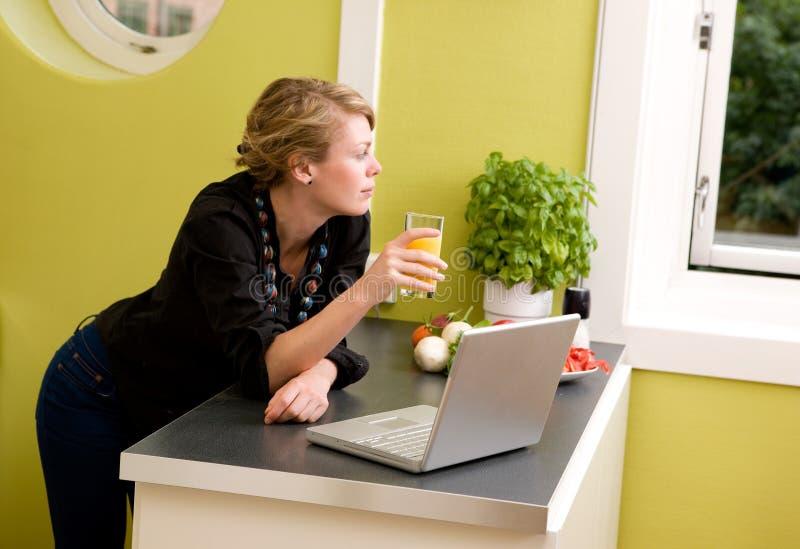 laptop kuchenny zdjęcie royalty free