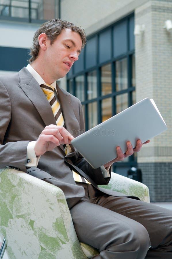 Laptop Lezing royalty-vrije stock afbeelding