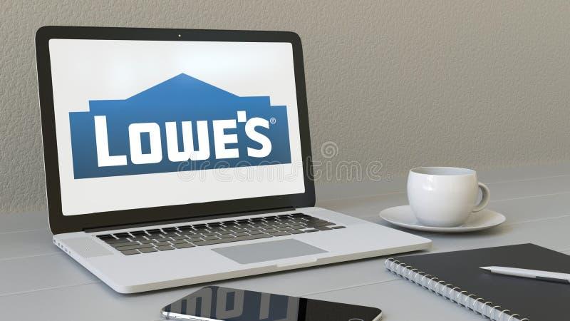 Laptop mit Lowe-` s Logo auf dem Schirm Begriffswiedergabe des leitartikels 3D des modernen Arbeitsplatzes stock abbildung