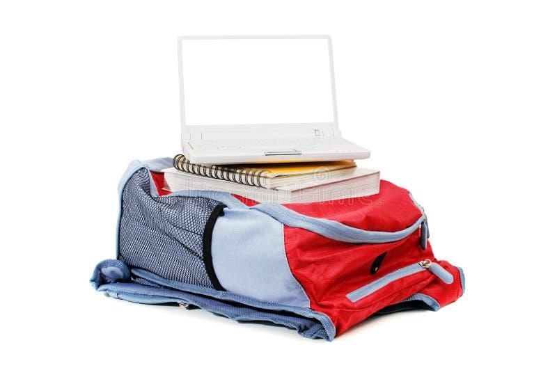 Laptop und Rucksack stockfotos