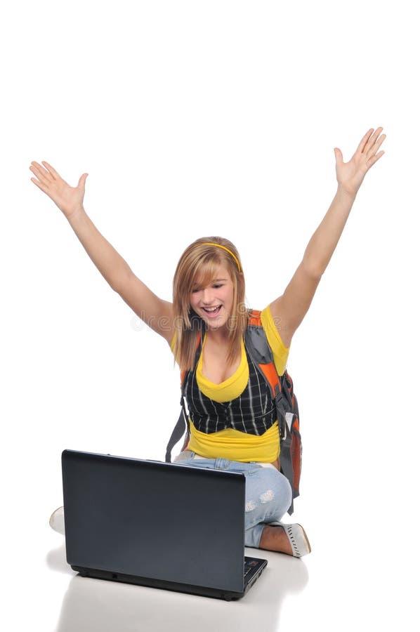 Download Laptopu kobiety potomstwa zdjęcie stock. Obraz złożonej z świętuje - 10342410