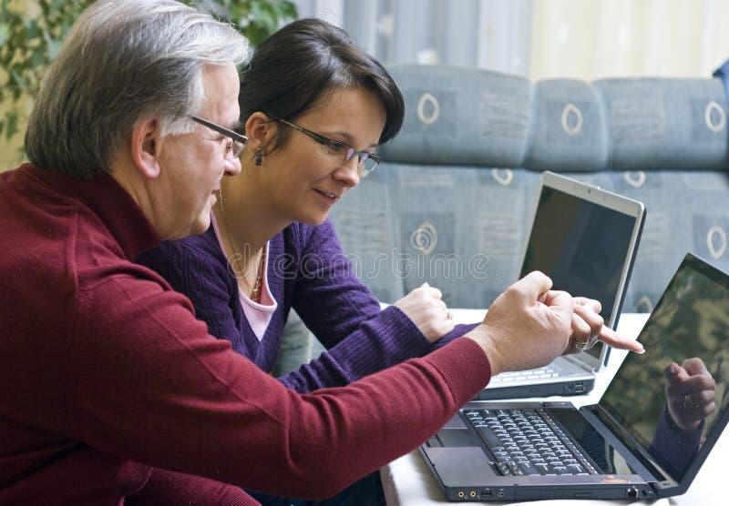 laptopu nauczania użycie obraz stock