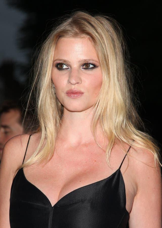 Evie model nude