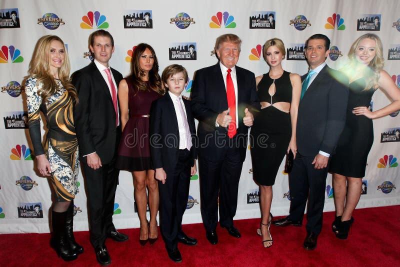 Lara Yunaska, козырь Эрика, козырь Melania, козырь Barron, Дональд Трамп, козырь Ivanka, младший Дональд Трамп , Козырь Тиффани стоковые изображения