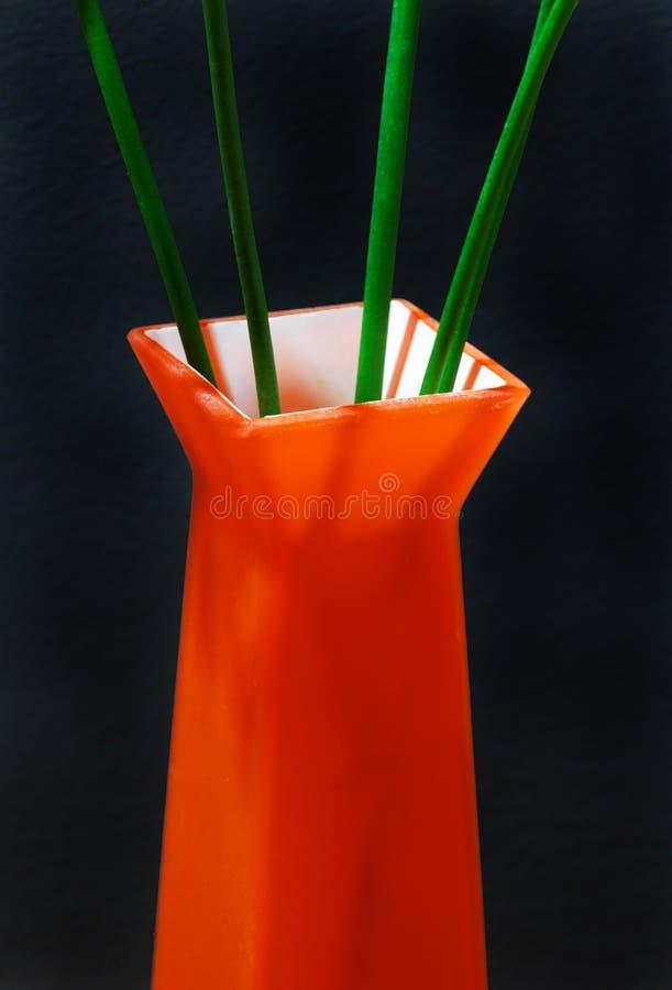 Download Laranja e verde imagem de stock. Imagem de bacia, haste - 526719