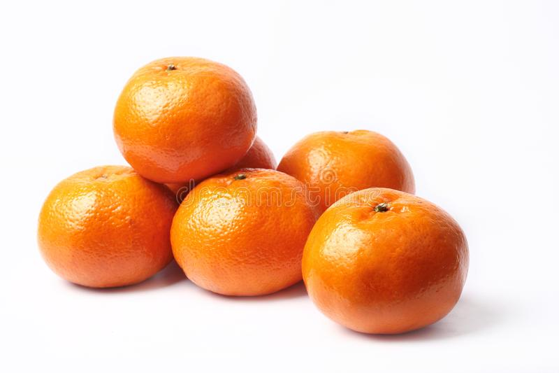 Laranjas de Murcott do Mandarino-mel no fundo branco imagens de stock royalty free