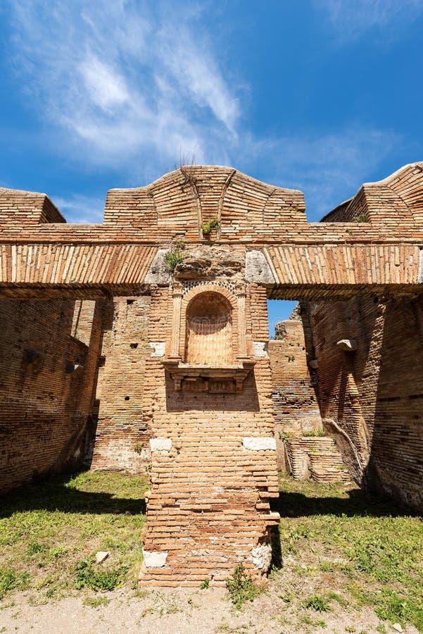 Lararium的议院与寺庙-奥斯蒂Antica罗马意大利的 图库摄影