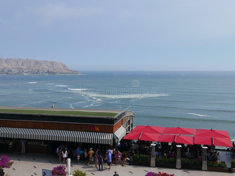 Larcomar和太平洋,利马风景看法  库存照片