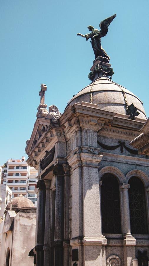 LaRecoleta kyrkog?rd i Buenos Aires, Argentina fotografering för bildbyråer